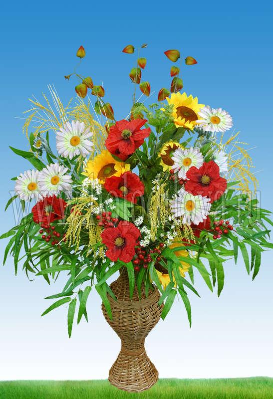 Полевые цветы в плетеной вазе